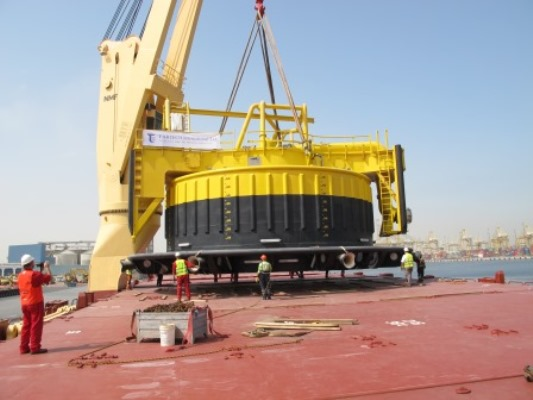 Load out of CALM Buoys for Waha Oil